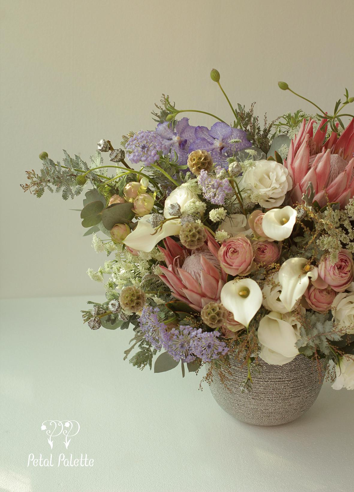 Luxury birthday floral vase arrangement delivery korea florist luxury birthday floral vase arrangement delivery korea florist izmirmasajfo