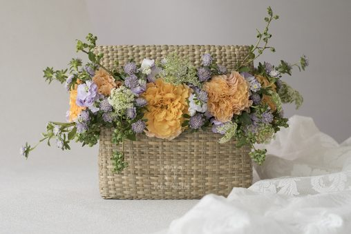 Campanella Roses Arranged In The Oriental Basket, Seoul Florist, Petal Palette