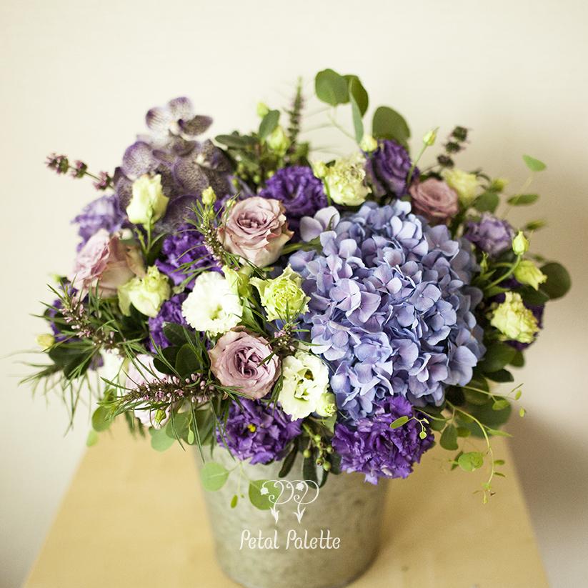 vintage tin basket zinc bucket flower arrangement seoul florist